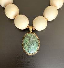 Load image into Gallery viewer, Ivory Reef Necklace With Stone Drop