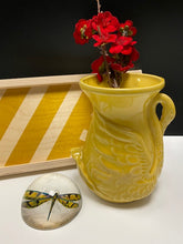 Load image into Gallery viewer, Vintage Swan Vase  Yellow