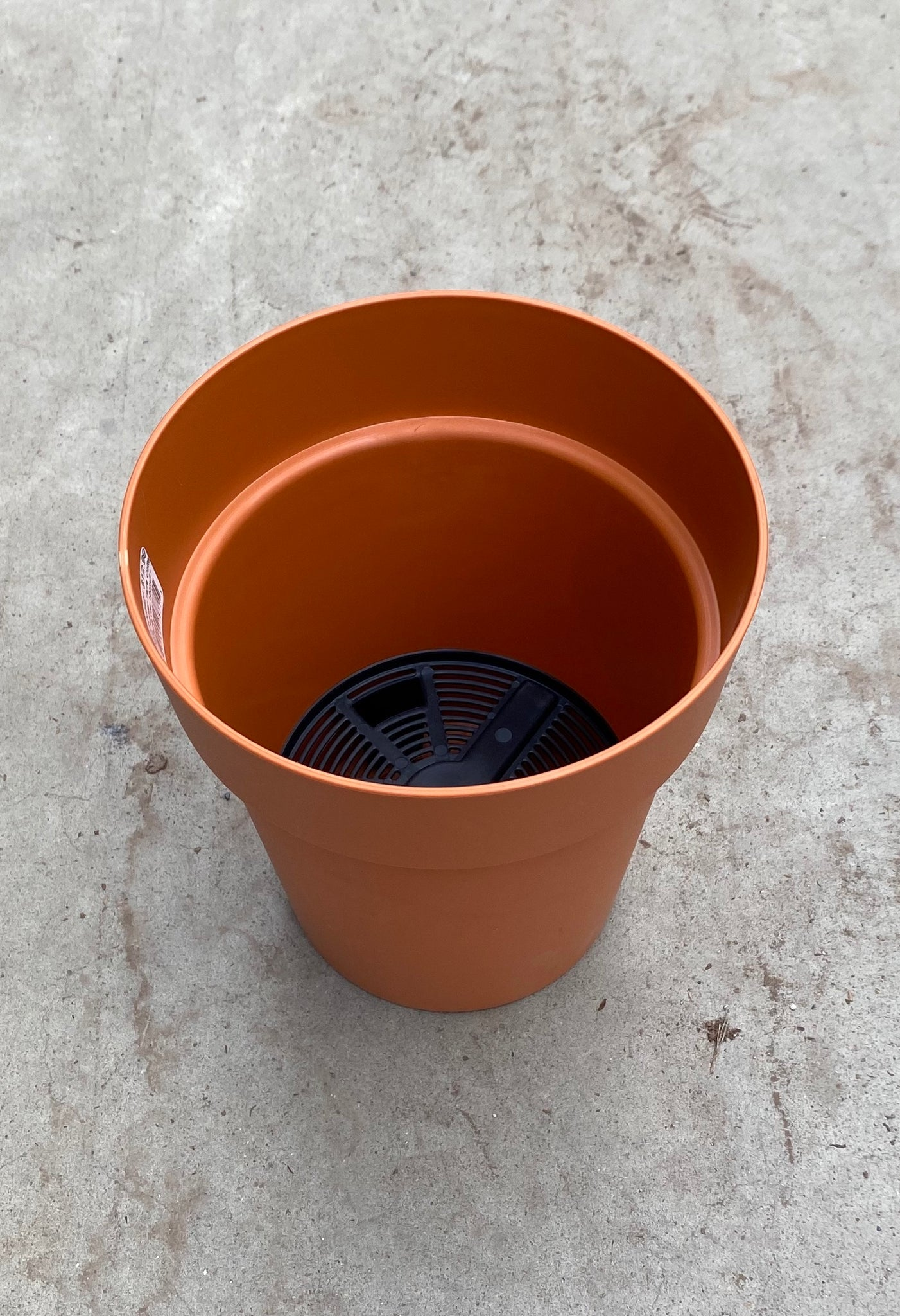 "Viva Planter w/reservoir 18cm/7"" Terracotta"