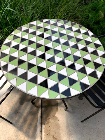 "Bistro Table Green Checkered 27.5"" x 29.5"""