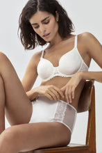 Load image into Gallery viewer, Mey Fabulous Spacer Full Cup Underwire Bra