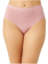 Load image into Gallery viewer, Wacoal B-Smooth Seamless Full Brief Panty