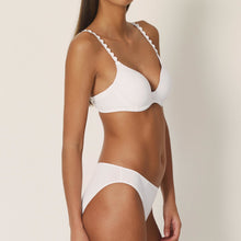 Load image into Gallery viewer, Marie Jo L'Adventure Tom Sweetheart Convertible Underwire Bra Natural Ivory + White