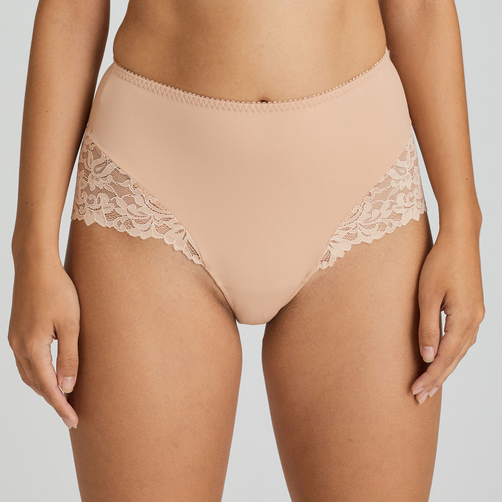 Prima Donna SS21 Light Tan + White Magnolia Matching Hotpants