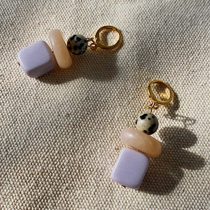 lavender speckled beads