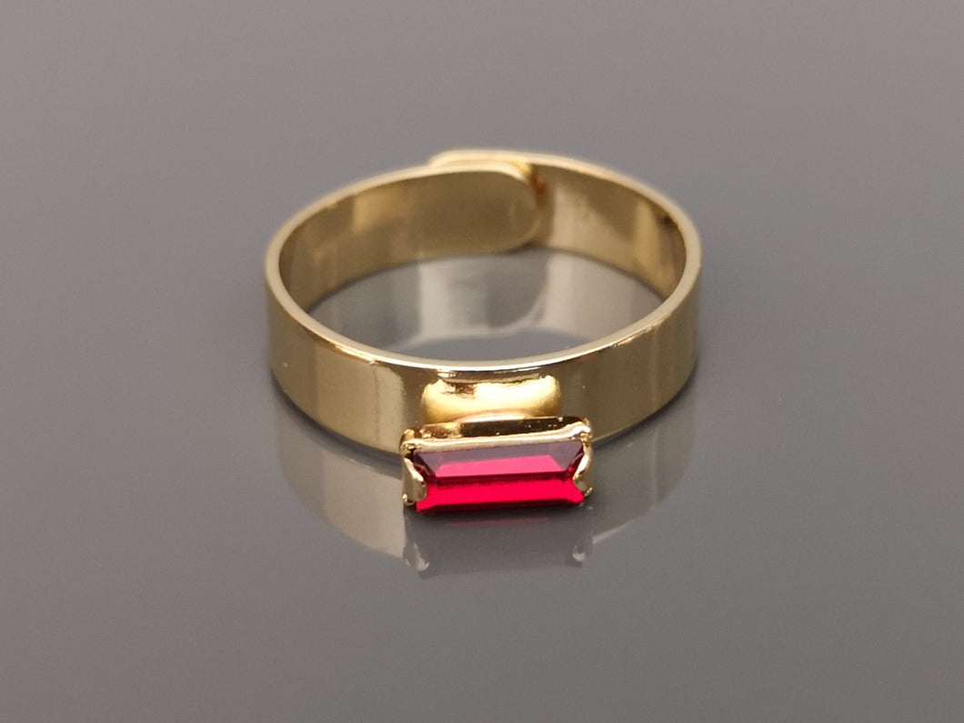 Tove thinner crystal ring