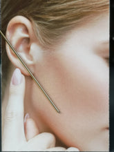 Load image into Gallery viewer, Nålen, 95 mm stick earrings