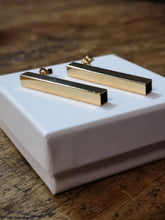 Load image into Gallery viewer, Archi, square tube 40 mm stick earrings