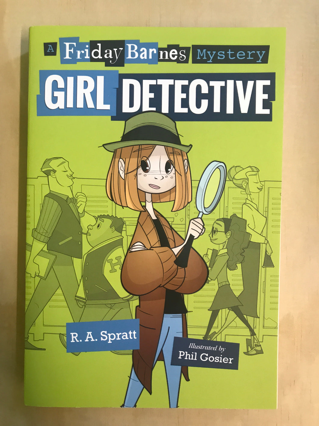A Friday Barnes Mystery: Girl Detective