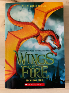 Wings of Fire: Escaping Peril Book 8