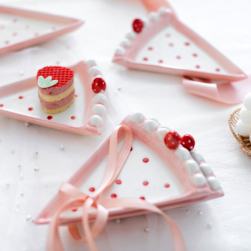 Strawberry Cake Triangle Plate