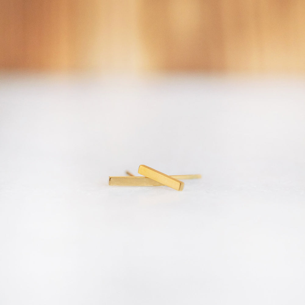 Basic Gold Bar Earrings