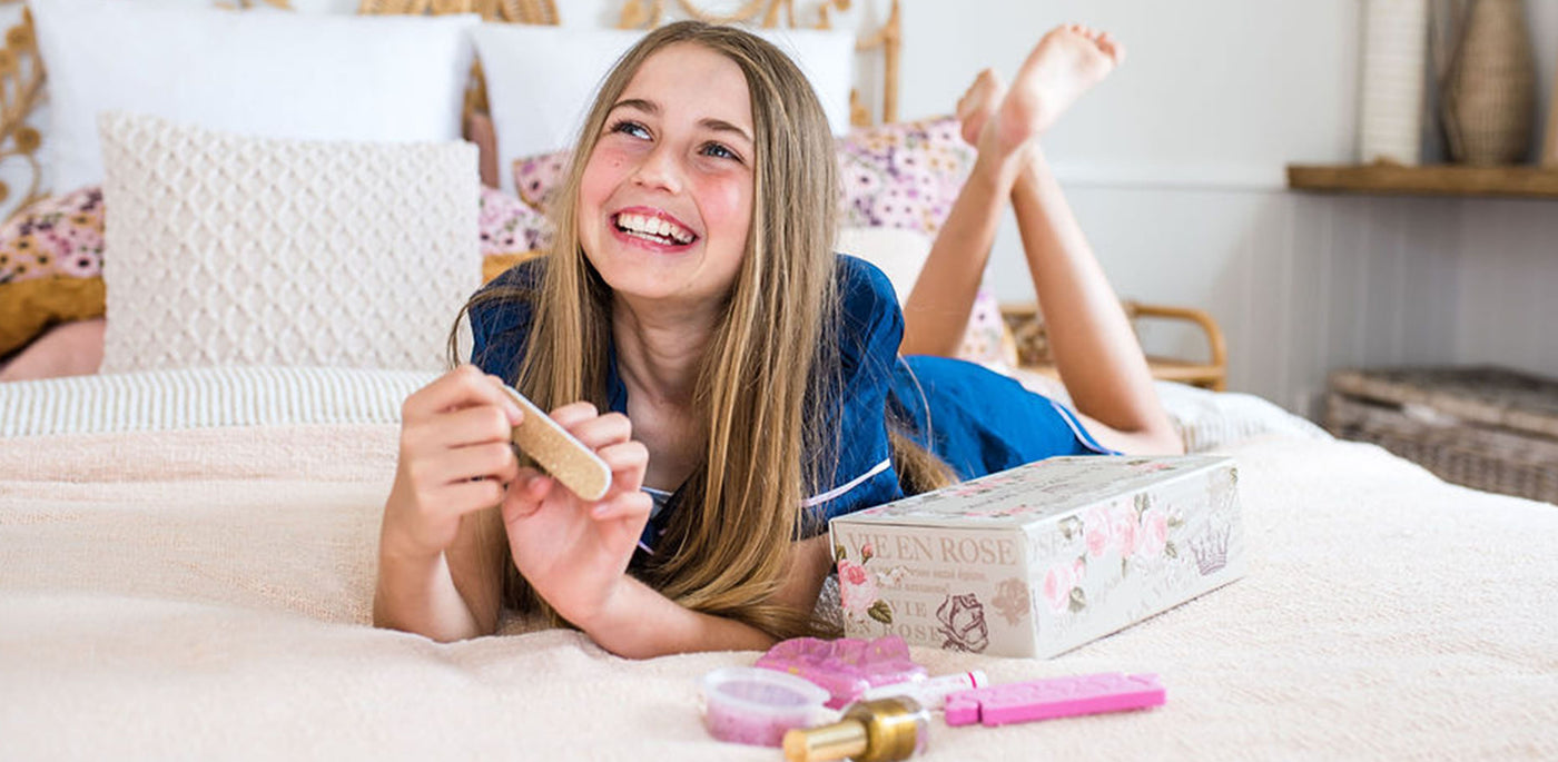 Subscription Pamper Boxes for girls delivered monthly to your home