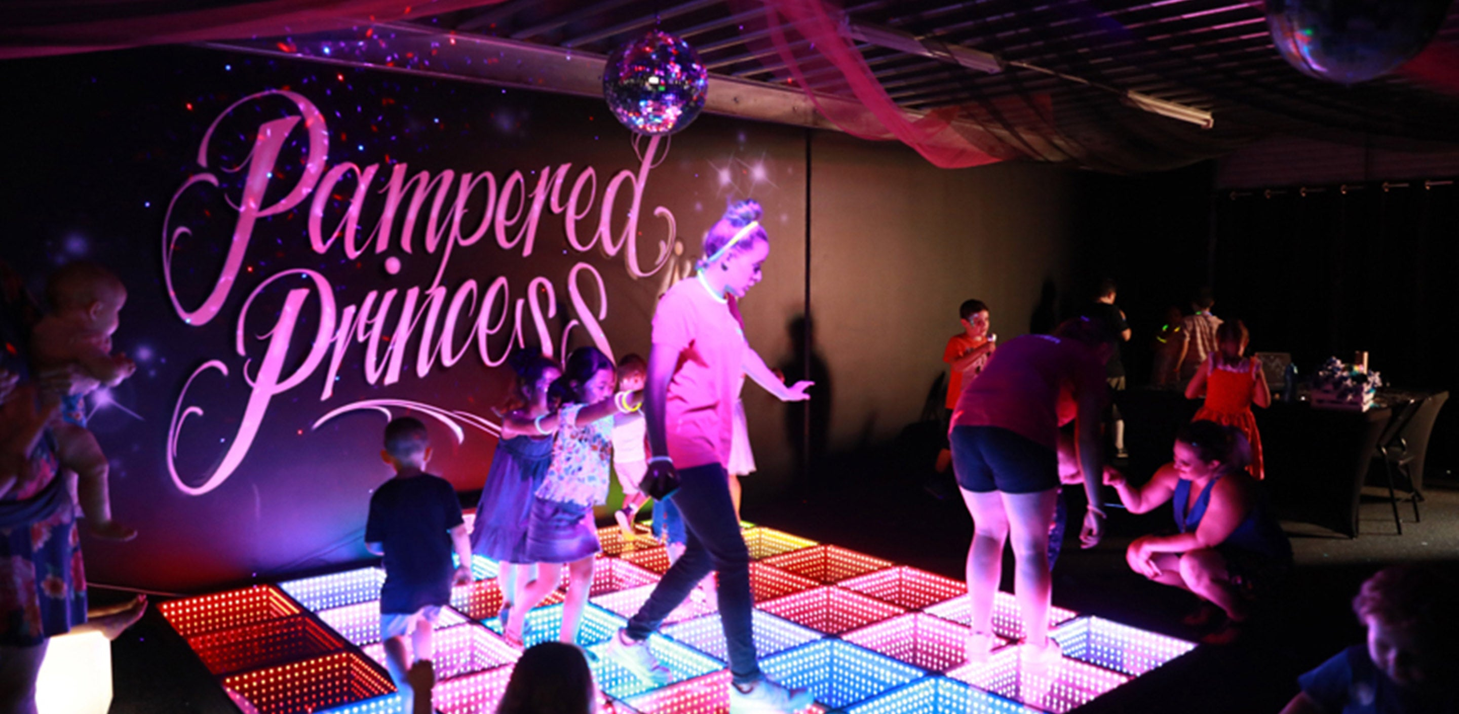 Gold Coast Disco Party - Ultimate Neon Disco Party for children