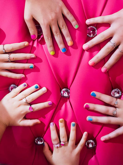manicure makeover in mobile princess pamper party at home gold coast