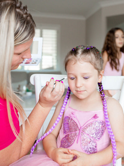 pamper at home mobile kids party - colour braid extensions with glitter makeover and pamper at home