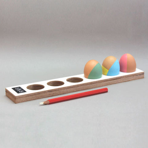 End of line: Egg Tray - long with date pad - 30% off