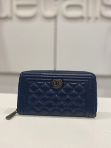 Ladies Leather Quilted Wallet