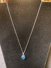 Load image into Gallery viewer, Blue stone Necklace