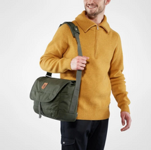 Load image into Gallery viewer, Fjallraven Greenland Messenger bag