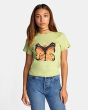 Load image into Gallery viewer, RVCA DANA BUTTERFLY SHORT SLEEVE TEE