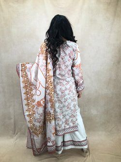 AD Rose Gold with Baby Pink Stone Set - Sai Fashions (UK) Ltd.