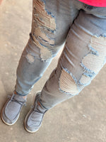 Load image into Gallery viewer, Curvy Judy Blue Light Destroyed Mid-Rise Boyfriend Jeans