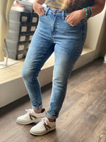 Load image into Gallery viewer, Judy Blue Acid Wash Jeans w/ No Distressing