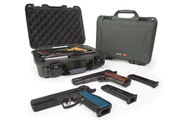 Built to organize, protect, carry and survive tough conditions, the 910 waterproof hard case is impenetrable and indestructible with a lightweight tough NK-7 resin shell and PowerClaw superior latching system.