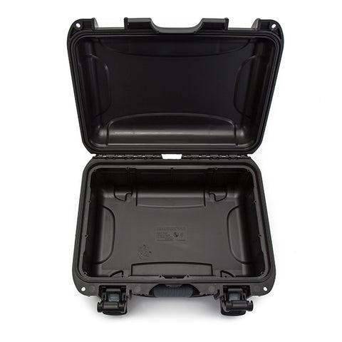 This transport case is also equipped with an automatic pressure release valve