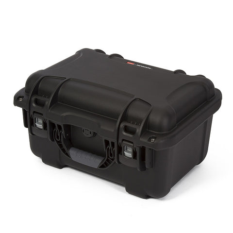 This transport case is also equipped with an automatic pressure release valve and an integrated bezel system