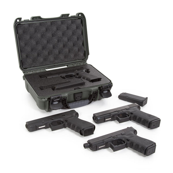 Built to organize, protect, carry and survive tough conditions, the NANUK 909 Glock® Pistol waterproof hard case is impenetrable and indestructible with a lightweight tough NK-7 resin shell and PowerClaw superior latching system.