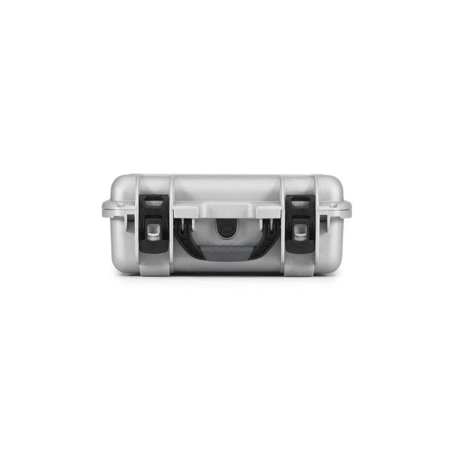 NANUK 920 Hard Case Specifications Latches