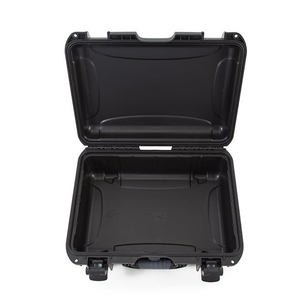 The NANUK 925 offers superior protection for a camera with a lens and accessories, drones, tools, music equipment, two pistols with attachments and accessories, outdoor equipment, team satellite phones, CB radio, fishing sonar, smaller tools, medical equipment, electronics, accessories and so much more.