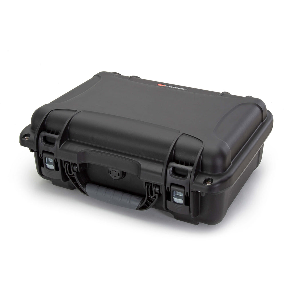 The NANUK 925 adapts to every environment and is a favorite of photographers, videographers, drone operators/pilots, medical professionals, outdoor enthusiasts, sportsmen, law officers, military, hunters and shooting sports enthusiasts to protect their most valuable gear.