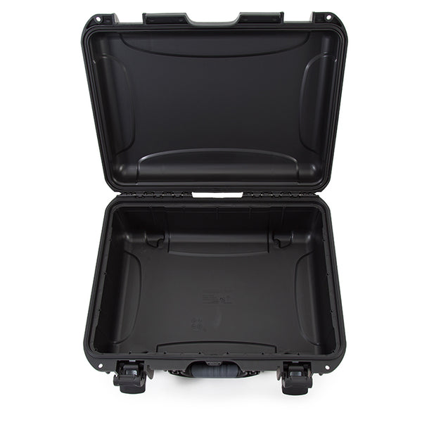 The NANUK 925 offers perfect storage and protection for a camera with a lens and accessories, drones, tools, music equipment, two pistols with attachments and accessories, outdoor equipment, team satellite phones, CB radio, fishing sonar, smaller tools, medical equipment, electronics, accessories and so much more.
