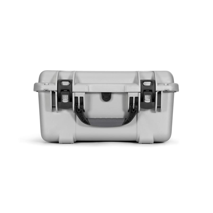 NANUK 933 Hard Case Specifications Latches