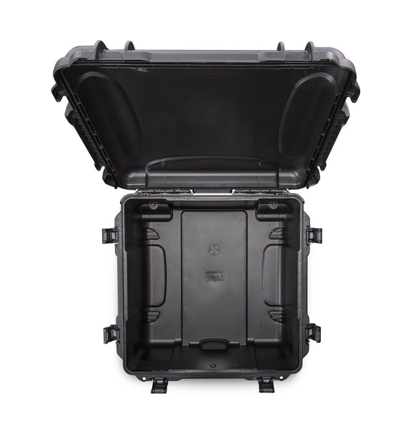 This transport case is also equipped with an automatic pressure release.