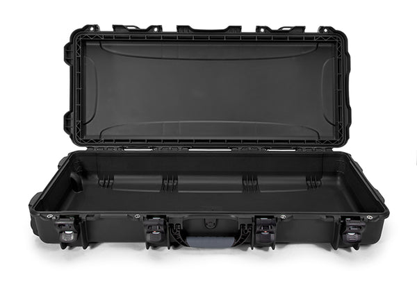 This indestructible MIL-Spec case is equipped with a lid stay feature to keep the case safely open when in use and reinforced stainless-steel eyelets can be used to secure additional padlocks.