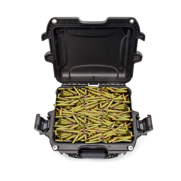 Holds: Approximately 600 .223 rounds (bulk)