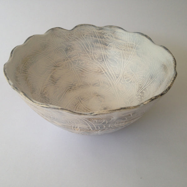 White Distressed Porcelain Handmade Bowl for Serving