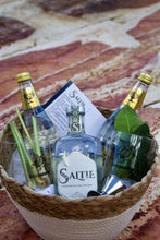 Load image into Gallery viewer, Saltie Gin Gift Basket