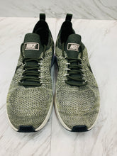 Load image into Gallery viewer, Nike Athletic Shoes 7.5-D6B8A256-0DB8-450D-BB2C-B83421BFCAF9.jpeg