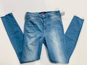 Hollister Womens Denim Size 5/6 (28)-80AD3036-CCE7-402C-9DC8-A55CA7340556.jpeg