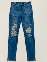 Load image into Gallery viewer, American Eagle Womens Denim Size 2 (26)-79389954-9ABC-4BC5-A7F6-021F64BF6B71.jpeg