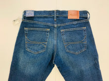 Load image into Gallery viewer, Hollister Denim Men's 31