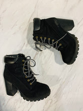 Load image into Gallery viewer, Charlotte Russe Casual Boots 7-4B06D611-C079-463D-9CE6-2F04110E76F2.jpeg