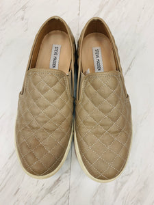 Casual Shoes 9-8025B594-5286-4F42-A454-201D1C14FFC5.jpeg