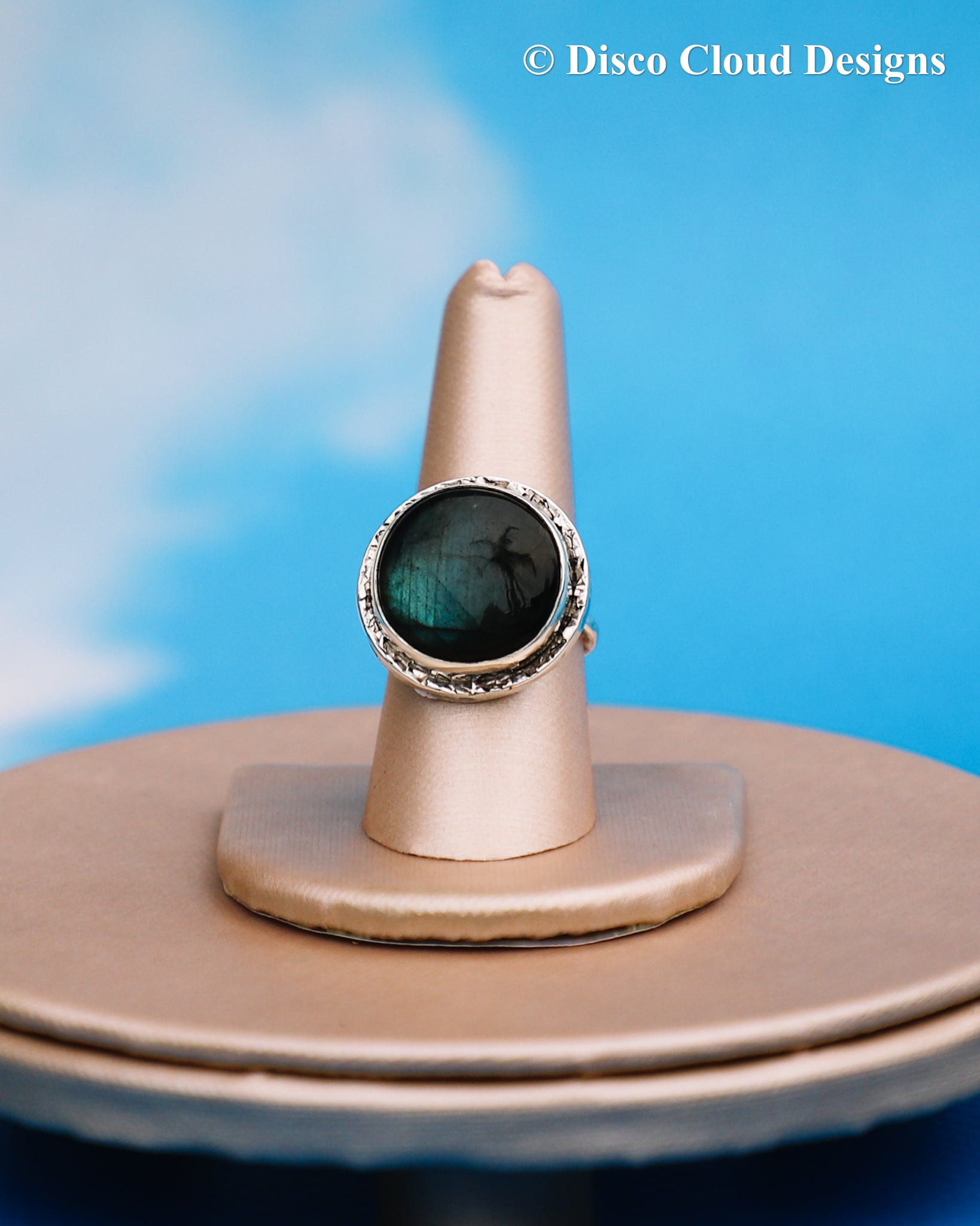 Round Labradorite ring/Ready to ship!