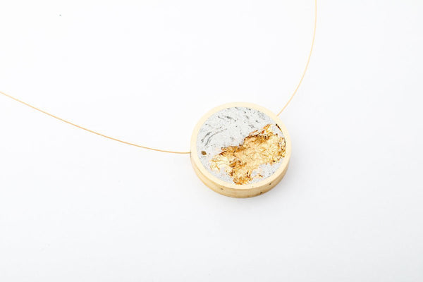 Marble Concrete Brass Necklace - Circle - Medium - Gold